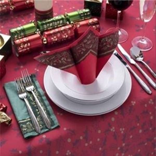 TWELFTH NIGHT SWANSILK RED TABLECOVERS