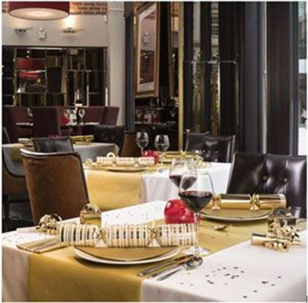 GOLD SWANSOFT TABLE RUNNER