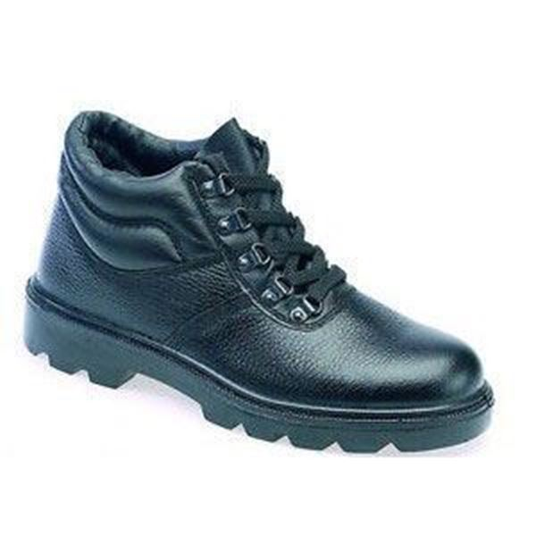 Picture of * Chukka Boot Grain Leather - Black size 6 * Clearance