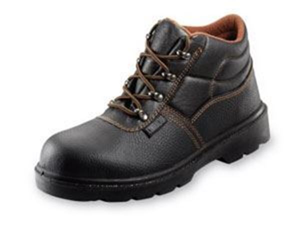Picture of * D Ring Chukka Wide Fit steel midsole - 9 * Clearance